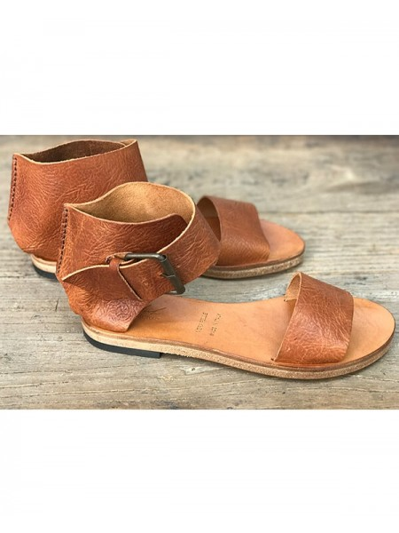 V656 Leather Sandals by Marlin Factory
