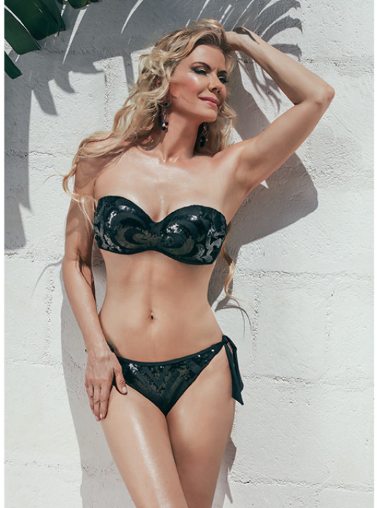 Katherine Kelly Lang Black Bikini - C CUP BRA - Salsadine made in italy. US 8, Aust 10, UK 10. Italy 42